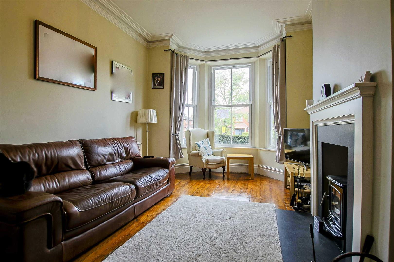 5 Bedroom Terraced House For Sale - Image 16